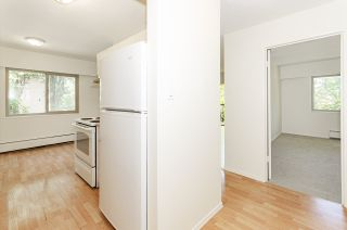 """Photo 15: 204 225 W 3RD Street in North Vancouver: Lower Lonsdale Condo for sale in """"Villa Valencia"""" : MLS®# R2459541"""