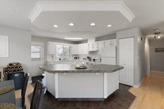 Photo 8: 3918 25 Avenue in Edmonton: Zone 29 House for sale : MLS®# E4250805