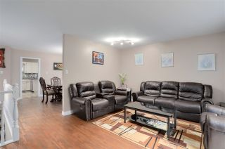Photo 2: 8819 152 Street in Surrey: Bear Creek Green Timbers House for sale : MLS®# R2251912