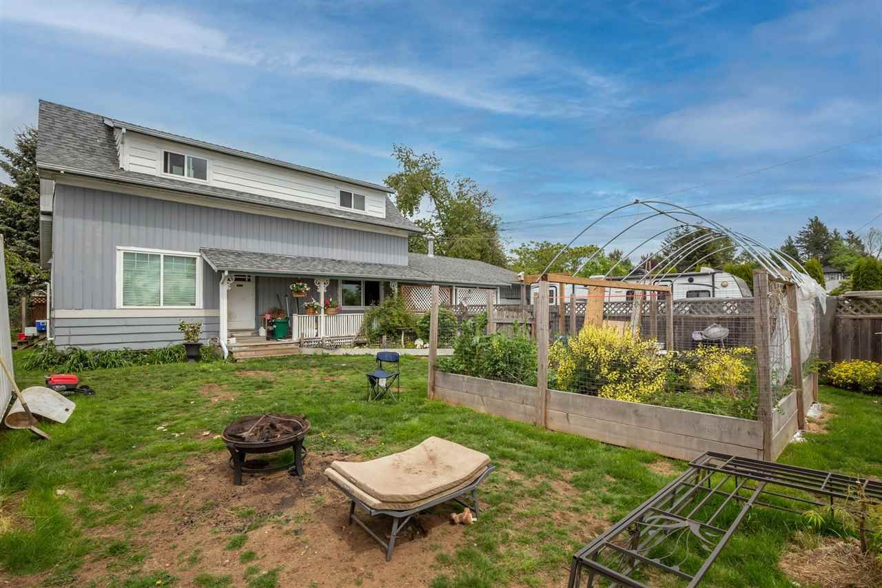 Main Photo: 32965 9 Avenue in Mission: Mission BC House for sale : MLS®# R2574333