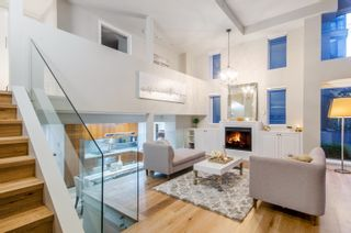 Photo 2: 428 HELMCKEN STREET in Vancouver: Yaletown Townhouse for sale (Vancouver West)  : MLS®# R2622159