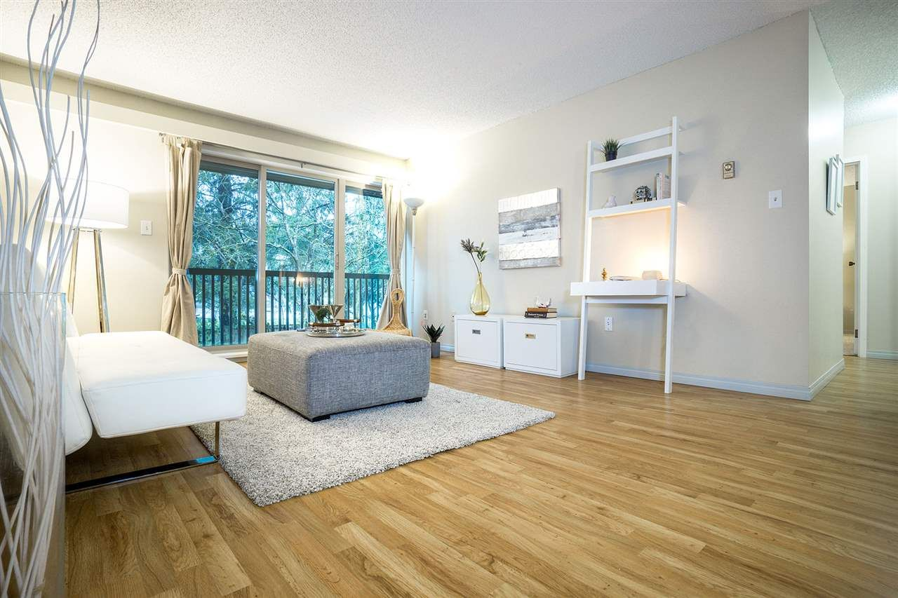"Main Photo: 608 9867 MANCHESTER Drive in Burnaby: Cariboo Condo for sale in ""BARCLAY WOODS"" (Burnaby North)  : MLS®# R2239850"
