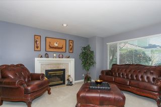 Photo 2: 4648 KENSINGTON Place in Delta: Holly House for sale (Ladner)  : MLS®# R2067512