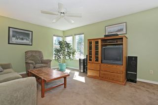 Photo 4: 2421 WAYBURN Crescent in Langley: Willoughby Heights House for sale : MLS®# R2069614