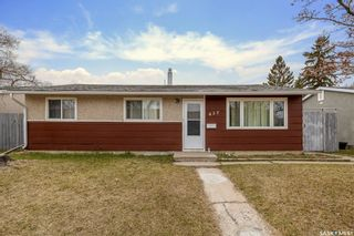 Photo 1: 437 W Avenue North in Saskatoon: Mount Royal SA Residential for sale : MLS®# SK851268