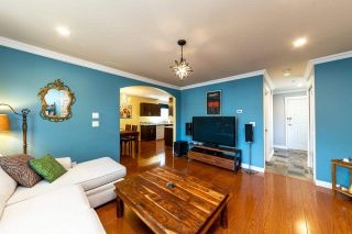 Photo 4: 1607 E GEORGIA Street in Vancouver: Hastings 1/2 Duplex for sale (Vancouver East)  : MLS®# R2488468