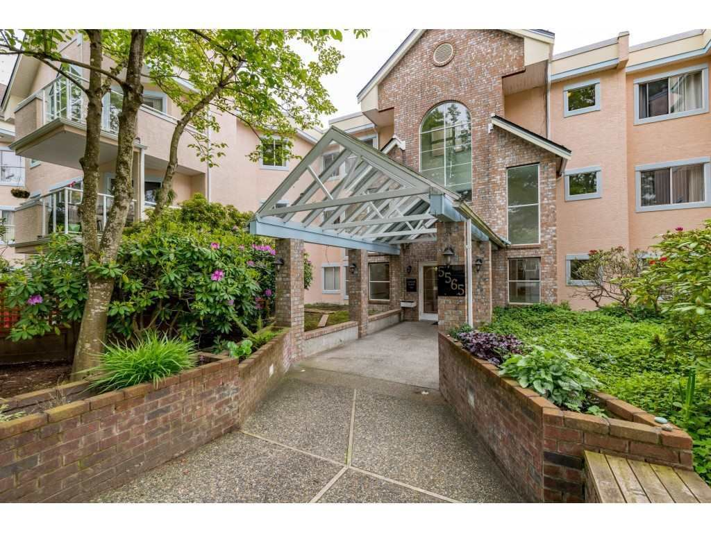 """Main Photo: 309 5565 BARKER Avenue in Burnaby: Central Park BS Condo for sale in """"Barker Place"""" (Burnaby South)  : MLS®# R2483615"""