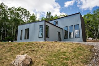 Photo 2: 27 Mount Marina Road in Hubbards: 405-Lunenburg County Residential for sale (South Shore)  : MLS®# 202118892