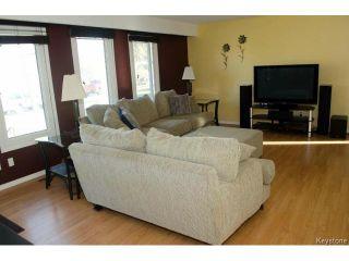 Photo 6: 94 Deloraine Drive in WINNIPEG: Westwood / Crestview Residential for sale (West Winnipeg)  : MLS®# 1513284