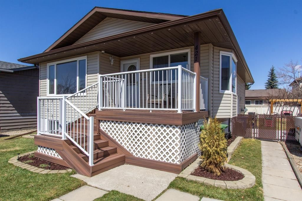 Main Photo: 421 Big Springs Drive SE: Airdrie Detached for sale : MLS®# A1099783
