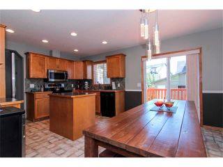 Photo 10: 390 ELGIN Way SE in Calgary: McKenzie Towne House for sale : MLS®# C4019083