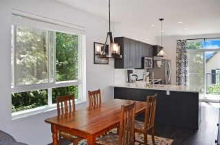 """Photo 8: 42 14555 68 Avenue in Surrey: East Newton Townhouse for sale in """"Sync"""" : MLS®# R2459299"""