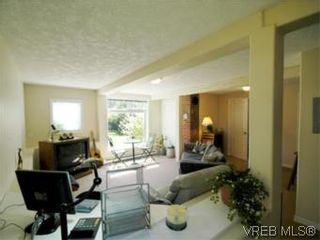 Photo 16: 1117 Wychbury Ave in VICTORIA: Es Saxe Point House for sale (Esquimalt)  : MLS®# 512876