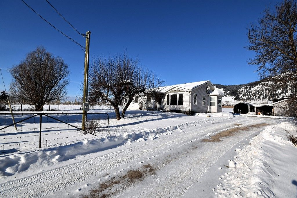 Main Photo: 6929 Highway 6 in Coldstream: Lavington House for sale (North Okanagan)  : MLS®# 10128046