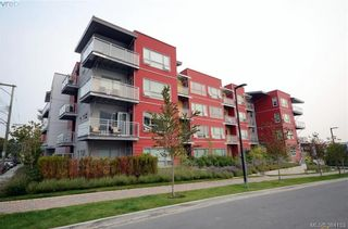 Photo 1: 105 785 Tyee Rd in VICTORIA: VW Victoria West Condo for sale (Victoria West)  : MLS®# 772114