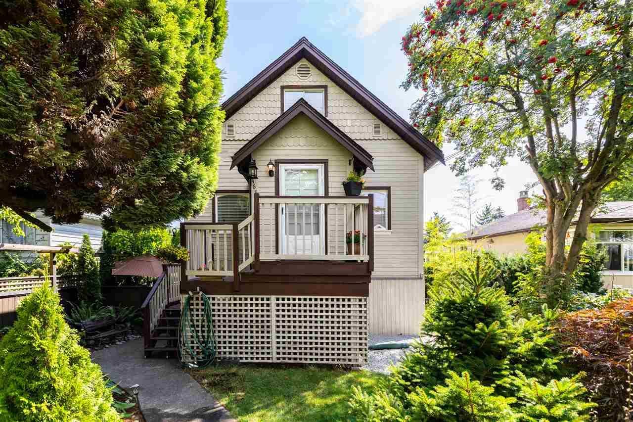 Main Photo: 468 GARRETT STREET in New Westminster: Sapperton House for sale : MLS®# R2497799