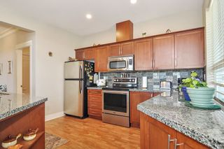 "Photo 7: 403 5430 201 Street in Langley: Langley City Condo for sale in ""SONNET"" : MLS®# R2479935"