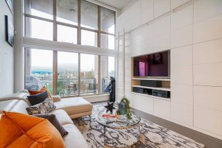 """Photo 14: 502 1529 W 6TH Avenue in Vancouver: False Creek Condo for sale in """"South Granville Lofts"""" (Vancouver West)  : MLS®# R2518906"""