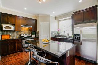 """Photo 7: 35 7168 179 Street in Surrey: Cloverdale BC Townhouse for sale in """"Ovation"""" (Cloverdale)  : MLS®# R2592743"""