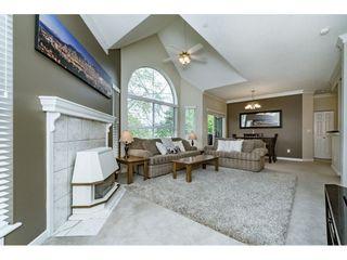 "Photo 3: 314 12464 191B Street in Pitt Meadows: Mid Meadows Condo for sale in ""LASEUR MANOR"" : MLS®# R2166407"