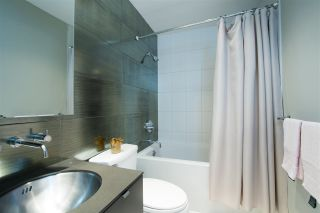 "Photo 18: 305 1252 HORNBY Street in Vancouver: Downtown VW Condo for sale in ""PURE"" (Vancouver West)  : MLS®# R2498958"