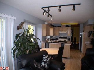 "Photo 4: 14657 84A Avenue in Surrey: Bear Creek Green Timbers House for sale in ""Chelsea Park"" : MLS®# F1022493"