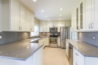 Photo 5: 806 WASCO Street in Coquitlam: Harbour Place House for sale : MLS®# R2187597