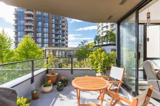 """Photo 19: 403 151 W 2ND Street in North Vancouver: Lower Lonsdale Condo for sale in """"SKY"""" : MLS®# R2389638"""