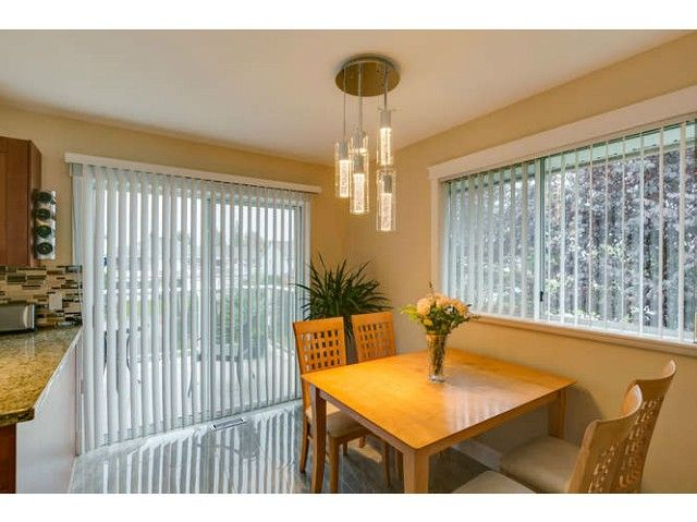 """Photo 11: Photos: 12403 188TH Street in Pitt Meadows: West Meadows House for sale in """"Highland Park Area"""" : MLS®# V1090347"""