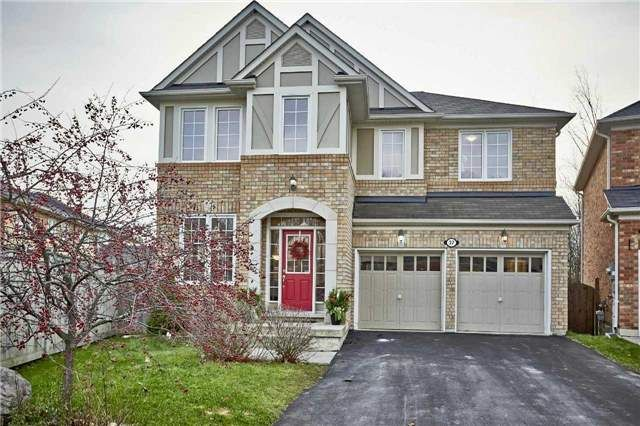 Main Photo: 37 Weldon Woods Crt in Whitchurch-Stouffville: Freehold for sale : MLS®# N3664570