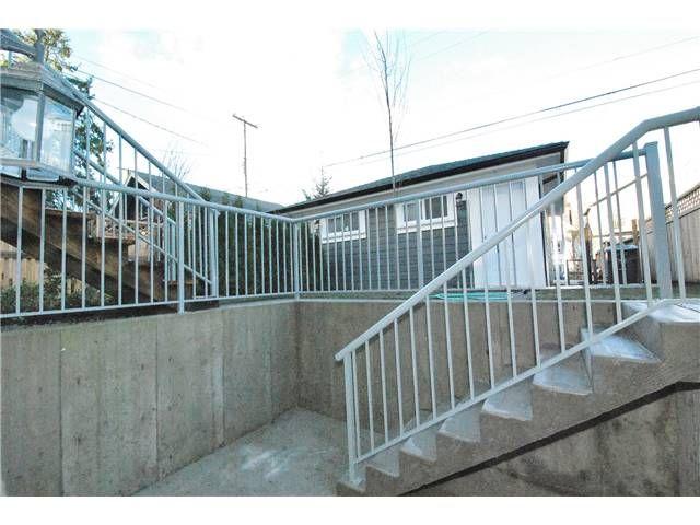Photo 12: Photos: 755 E 11TH AV in Vancouver: Mount Pleasant VE 1/2 Duplex for sale (Vancouver East)  : MLS®# V1027526
