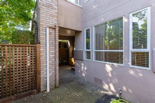 """Photo 30: 133 15550 26 Avenue in Surrey: King George Corridor Townhouse for sale in """"Sunnyside Gate"""" (South Surrey White Rock)  : MLS®# R2400272"""