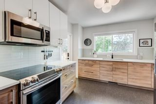 Photo 12: 5404 Thornton Road NW in Calgary: Thorncliffe Detached for sale : MLS®# A1120570