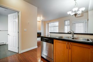 Photo 11: 101 7333 16TH Avenue in Burnaby: Edmonds BE Townhouse for sale (Burnaby East)  : MLS®# R2428577