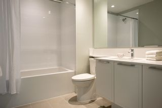 """Photo 16: 602 3188 RIVERWALK Avenue in Vancouver: South Marine Condo for sale in """"Currents at Water's Edge"""" (Vancouver East)  : MLS®# R2613034"""