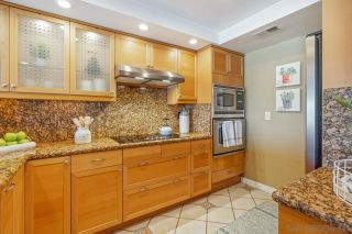 Photo 8: UNIVERSITY HEIGHTS Townhouse for sale : 3 bedrooms : 4490 Caminito Fuente in San Diego