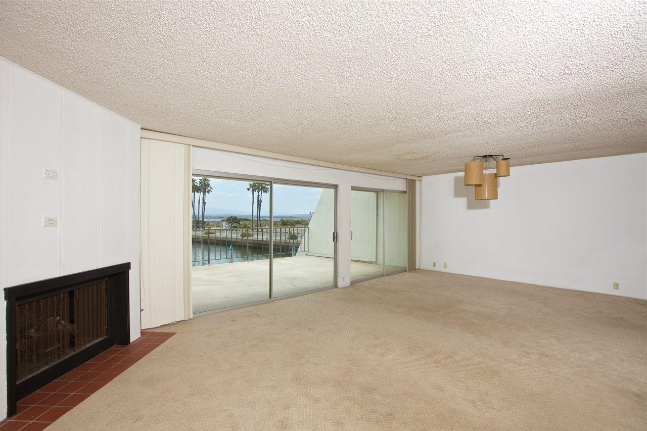 Photo 12: Photos: CORONADO CAYS Condo for sale : 3 bedrooms : 8 Antigua Court in Coronado