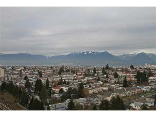 """Photo 10: 2101 3663 CROWLEY Drive in Vancouver: Collingwood VE Condo for sale in """"LATITUDE"""" (Vancouver East)  : MLS®# V867621"""