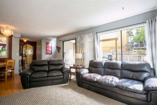 Photo 10: 886 PINEBROOK Place in Coquitlam: Meadow Brook House for sale : MLS®# R2164345
