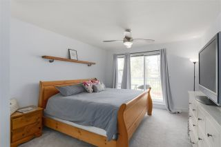 "Photo 13: 54 13918 58 Avenue in Surrey: Panorama Ridge Townhouse for sale in ""Alder Park"" : MLS®# R2354613"