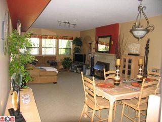 "Photo 3: 6608 BAKER Road in Delta: Sunshine Hills Woods House for sale in ""SUNSHINE HILLS"" (N. Delta)  : MLS®# F1026306"