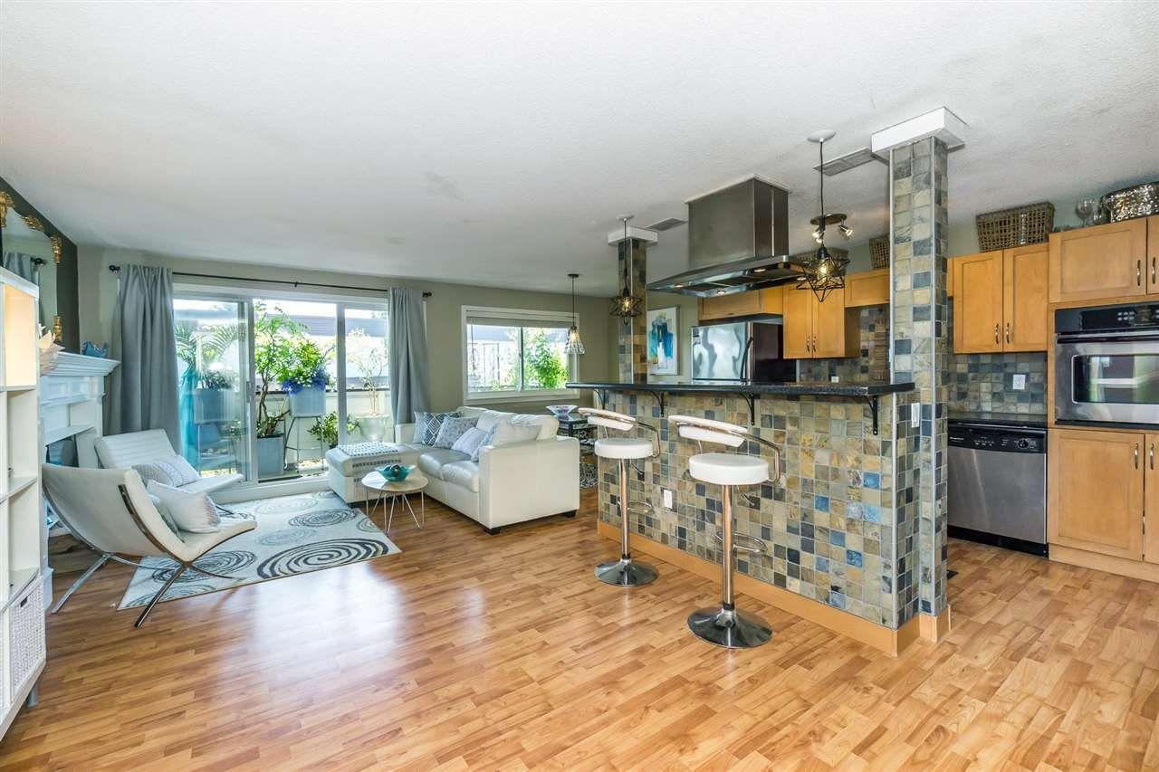 Main Photo: 205 1448 FIR Street: White Rock Condo for sale (South Surrey White Rock)  : MLS®# R2285557