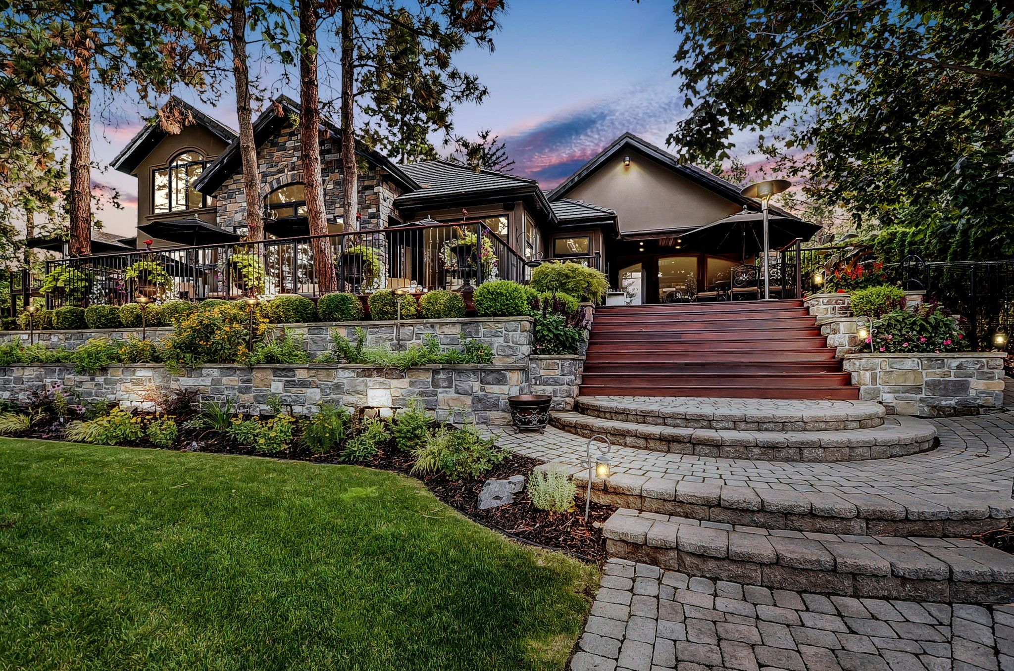 Main Photo: 17308 Coral Beach Road in Lake Country: Lake Country North West House for sale (Central Okanagan)  : MLS®# 10199712
