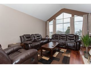 Photo 4: 309 20600 53A AVENUE in Langley: Langley City Condo for sale : MLS®# R2146902