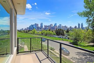 Main Photo: 2108 9 Avenue NW in Calgary: West Hillhurst Detached for sale : MLS®# A1115107