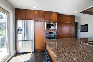 "Photo 5: 377 55 Street in Delta: Pebble Hill House for sale in ""PEBBLE HILL"" (Tsawwassen)  : MLS®# R2571918"