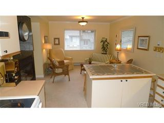 Photo 10: VICTORIA TOWNHOME / TOWNHOUSE = VICTORIA REAL ESTATE Sold With Ann Watley!