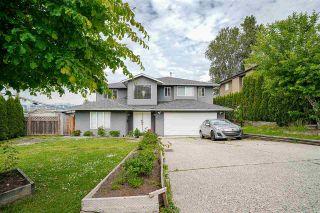 Photo 2: 12207 102A Avenue in Surrey: Cedar Hills House for sale (North Surrey)  : MLS®# R2588531