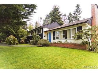 Photo 20: 1937 Appleton Pl in VICTORIA: SE Gordon Head House for sale (Saanich East)  : MLS®# 532203