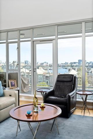Photo 4: 411 100 Saghalie Rd in : VW Songhees Condo for sale (Victoria West)  : MLS®# 873642